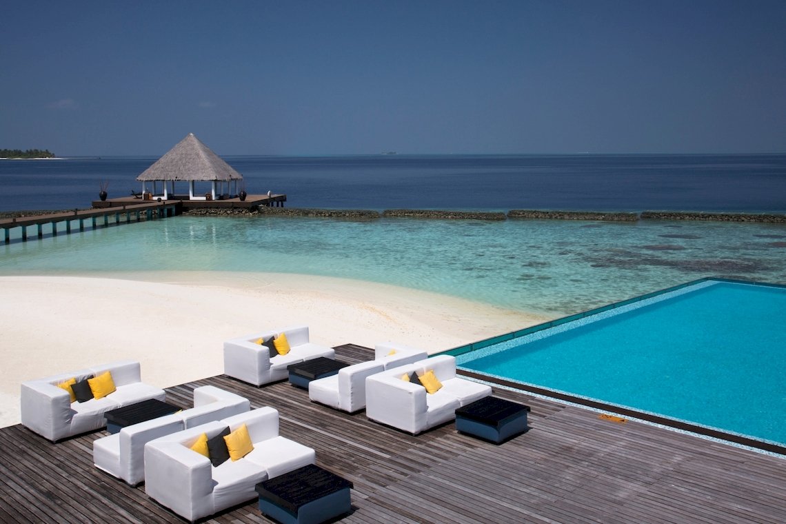 Coco Bodu Hithi Resort / Malediven
