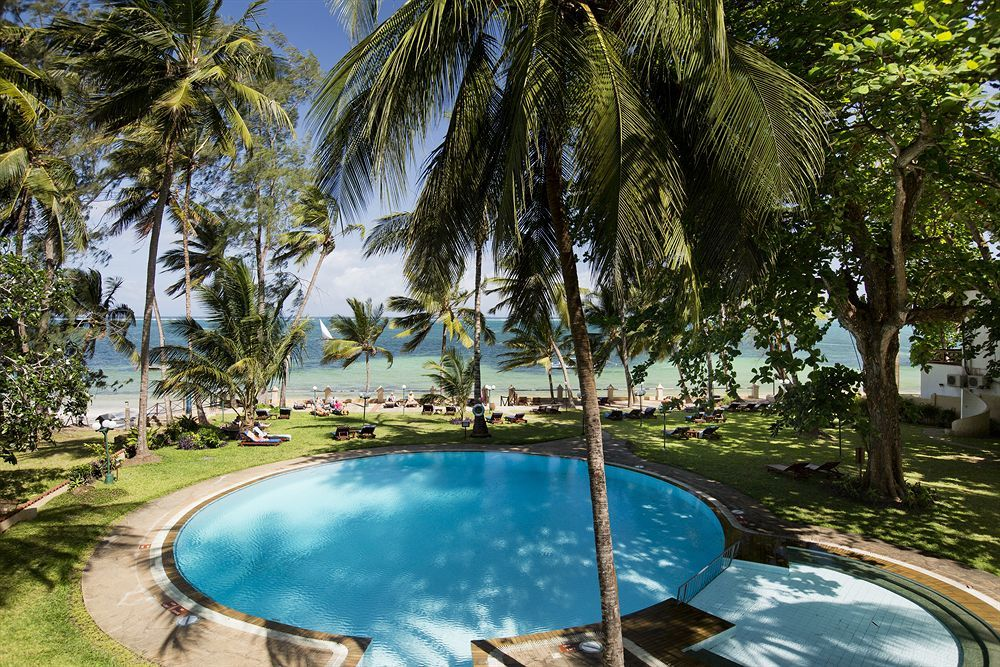 Neptune Beach Resort / Kenia
