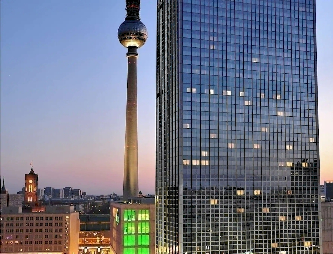 Park Inn Berlin Alexanderplatz / Berlin