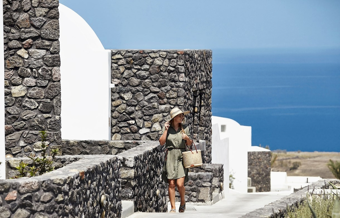 Santo Maris Oia Luxury Suites & Spa / Santorini