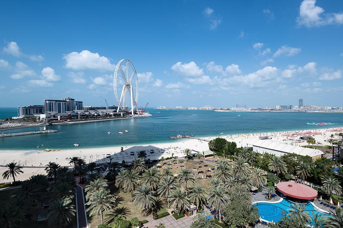 Sheraton Jumeirah Beach Resort & Towers / Dubai