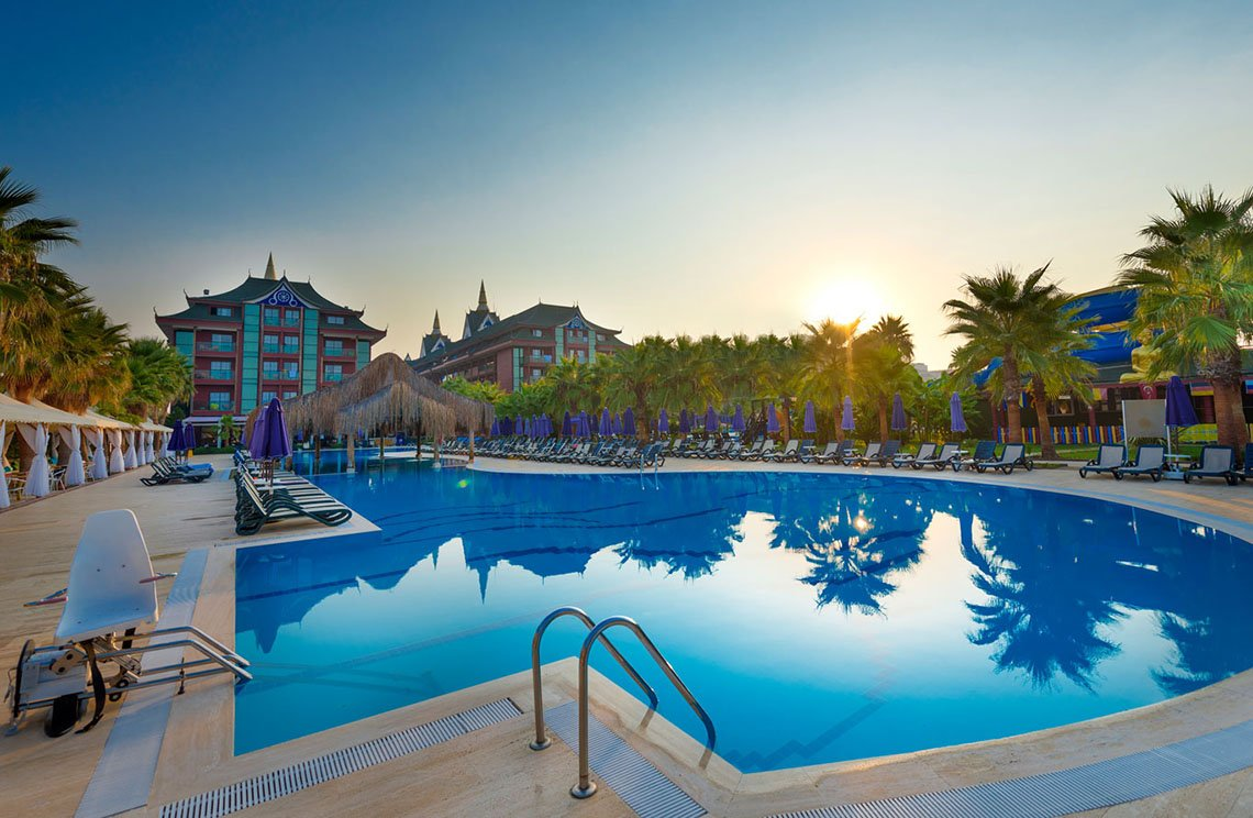 Siam Elegance Hotels & Spa / Antalya