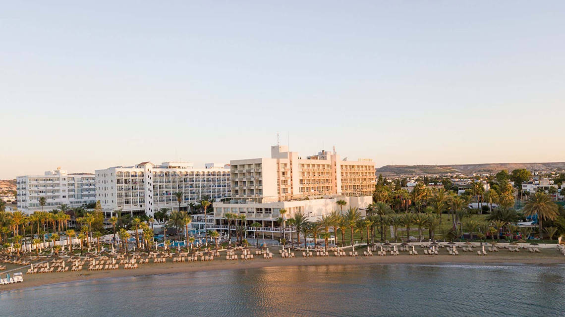 Zypern Larnaca The Golden Bay Beach Hotel